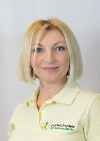 Elena_Vardzelov